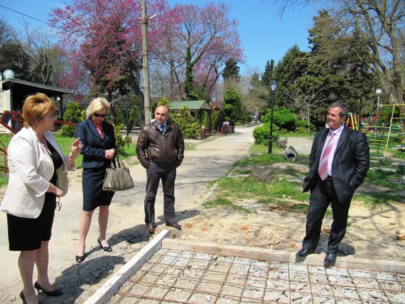 Ротари клуб и община Созопол изграждат спортни площадки в града 7