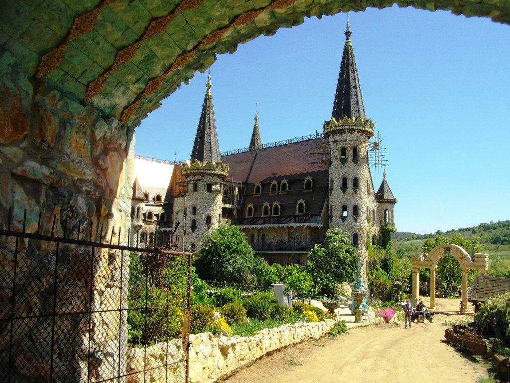 """Екип от """"Дискавъри"""" поиска да заснеме замъка край Равадиново 1"""