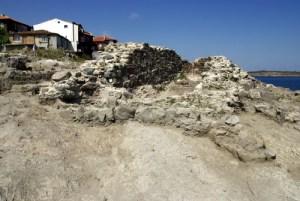 Археологически разкопки на нос Скамний