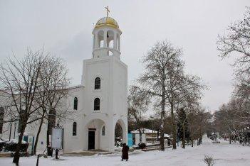 Църквата Св.Св.Кирил и Методий, Зимен Созопол 2012; снимка: sozopol-life.ru