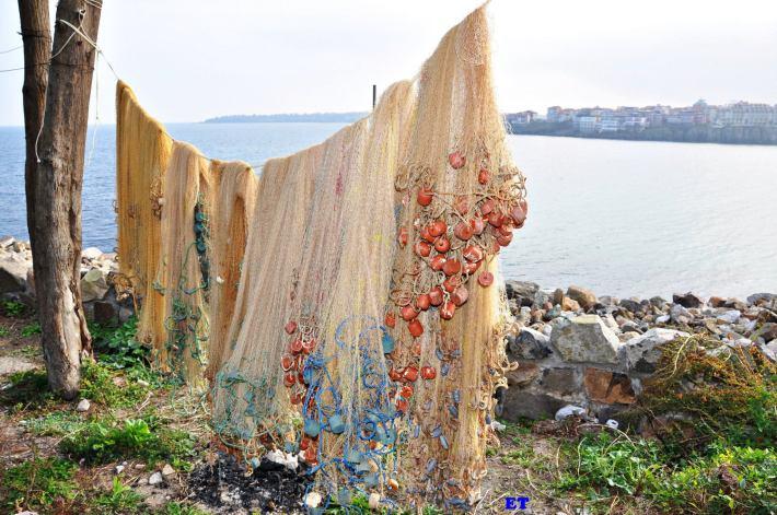 Рибарски мрежи в стария Созопол