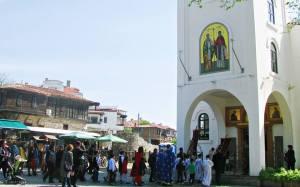 """Мощите на Свети Йоан Кръстител бяха пренесени с литийно шествие в храм """"Св.Св.Кирил и Методий"""" в стария Созопол"""