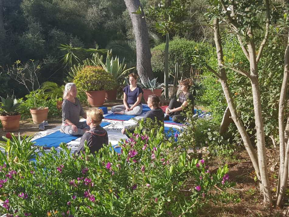 Life coaching retreat and yoga in mallorca by SIS Spa in Spain
