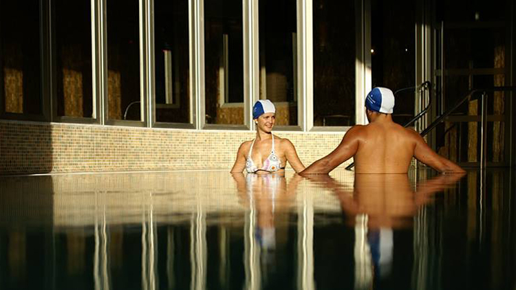 thermal water therapy reduces physical tension and mental stress, Balneario de Archena