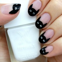 Trend Spotting: Frighteningly Hot Halloween Nail Art