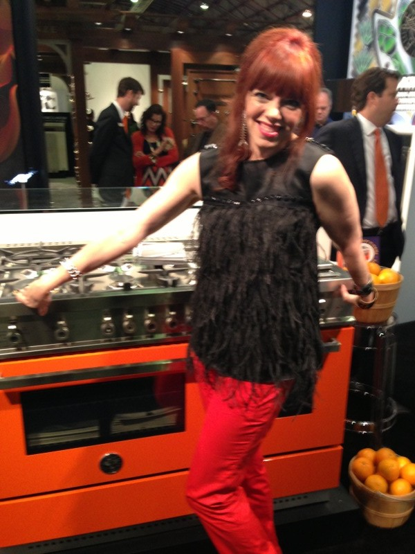 What do Ferraris and ovens have in common?  Paint!  This Bertazzoni oven heats from zero to sixty in no time and the paint is the same that adorns that beloved Italian race car.  (and my pants) Belissima!  It also comes in the sunniest yellow!