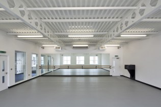 Image of Laine Theatre Arts dance studio with full wall mirror