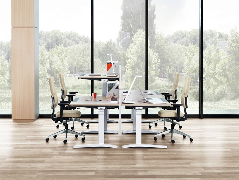 Picture of Steelcase Ology Height-adjustable Office Desk Systems