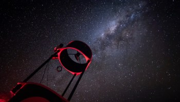 New Horizons scientists observe stellar occultation by