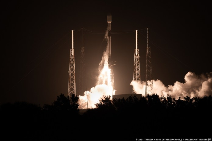 SpaceX launched its 25th batch of Starlink internet satellites at 11:44 p.m. EDT April 28 (03:44 UTC April 29), 2021. Credit: Theresa Cross / Spaceflight Insider