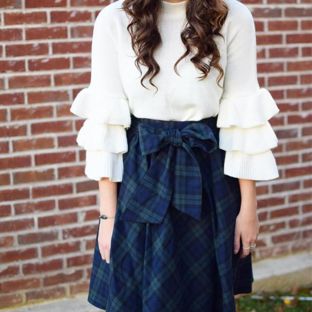 A little holiday outfit inspiration for your Sunday morning hellip