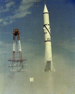 First_Redstone_Rocket_Firing