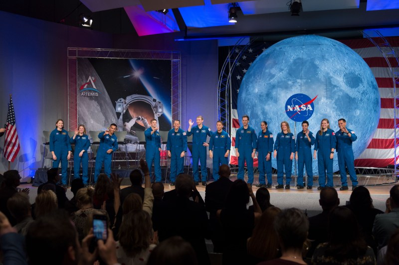 Do You Want to Be a NASA Astronaut and Fly to the Moon and Mars? Apply Now!