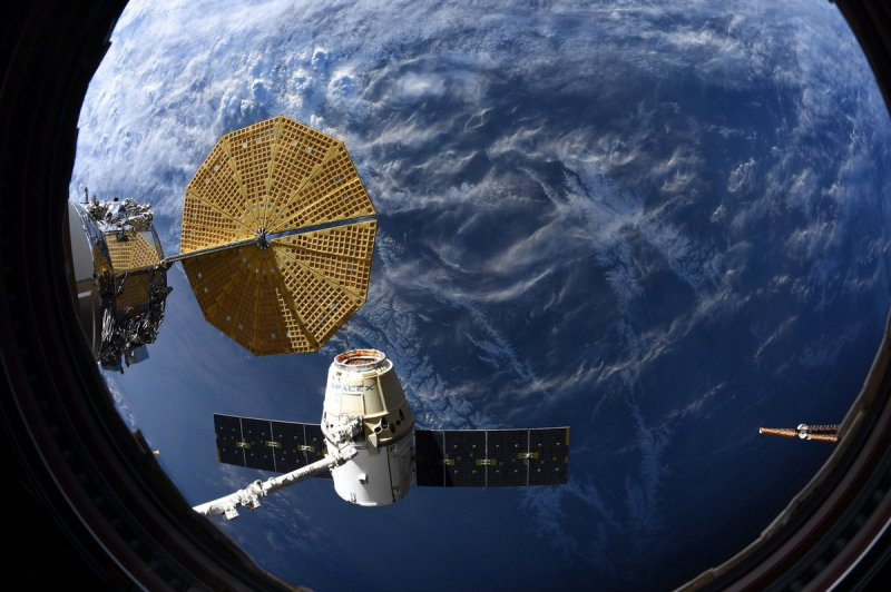 Final 1st Generation SpaceX Cargo Dragon Departs Station and Splashes Down with Science