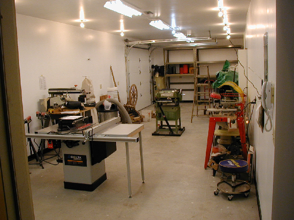 Small Woodworking Shop Designs