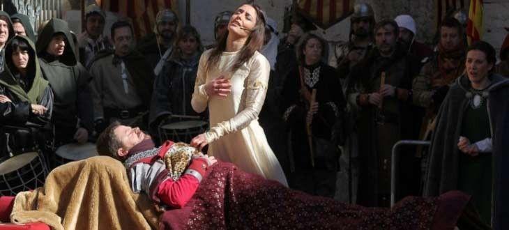 イサベルの結婚式。Diegoの埋葬シーン。 写真:Turismo Teruel