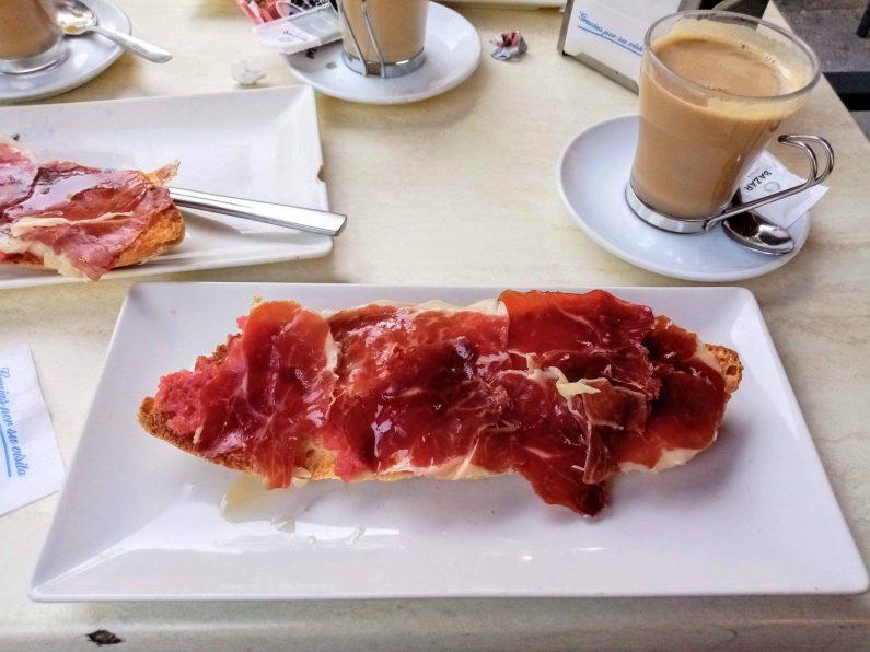 生ハム 原木 スペインでは骨も皮も使いきります!