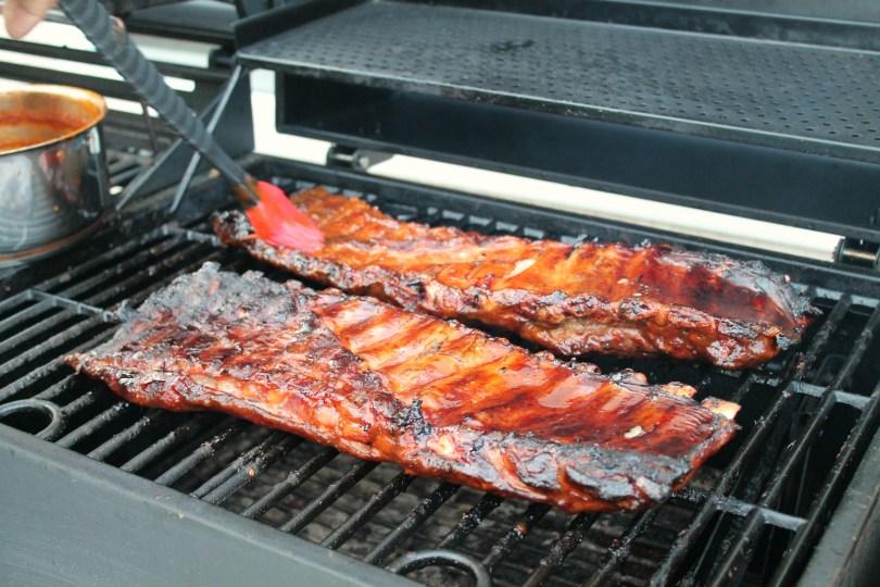 Homemade barbecue sauce on smoked ribs 9