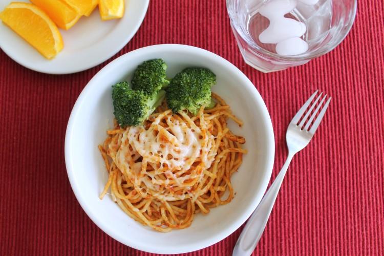 How to reduce the acidic taste in spaghetti sauce