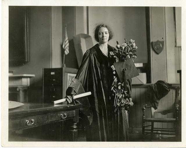 Premios-Nobel-a-mujeres-Irene-Joliot-Curie