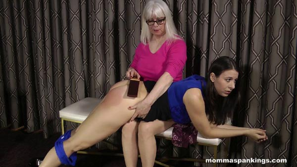 Dana Specht gives Sarah an OTK strapping