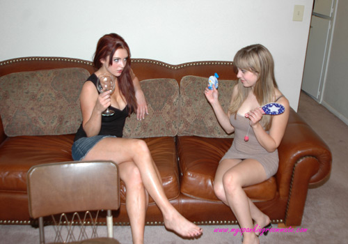 Missy Rhodes meets Veronica Ricci, her new roommate