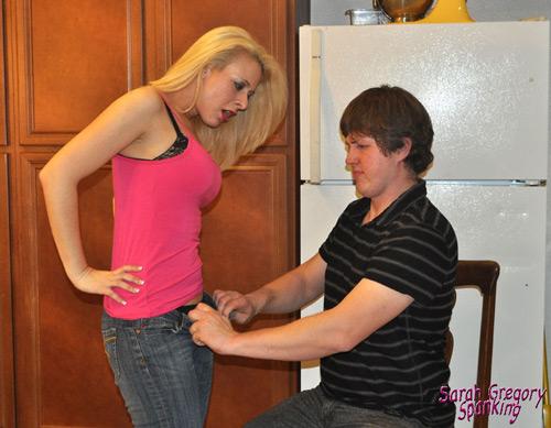 Kyle unbuttons Sarah jeans