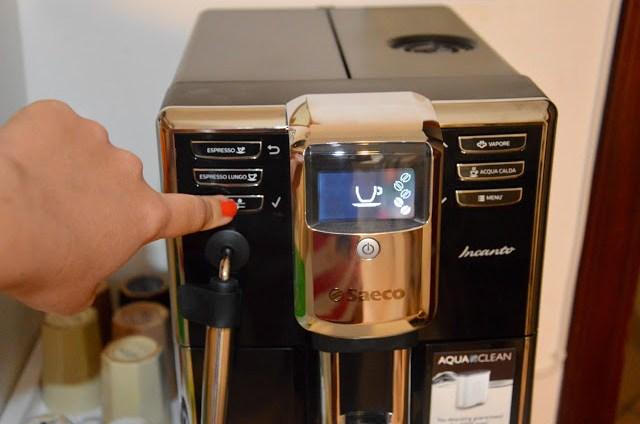 DSC_000128329-2 Tecnology corner: Philips Saeco HD8911/02 Macchina Espresso automatica Incanto Classic Pannarello