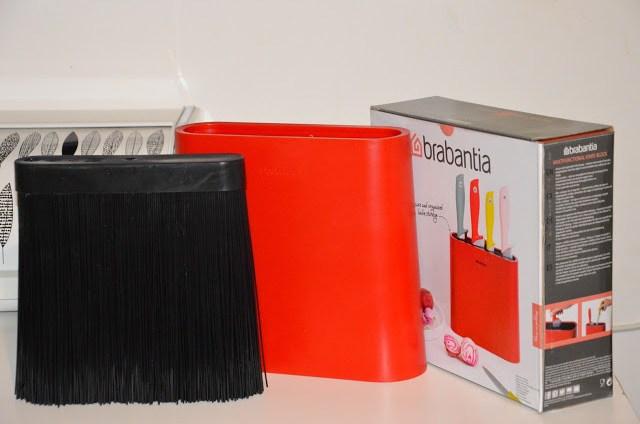 DSC_0094-1 Brabantia Tasty Colours - Ceppo e coltelli colorati