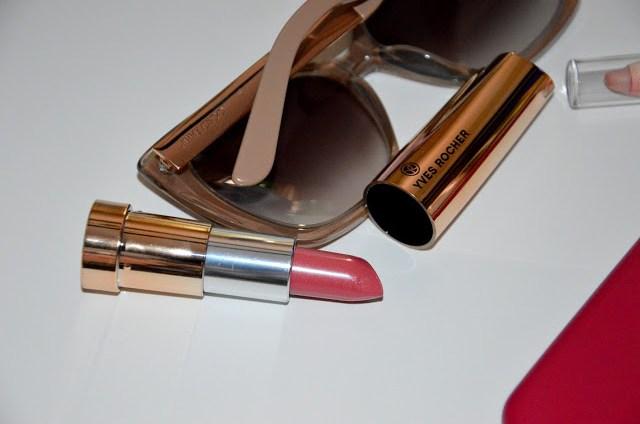 DSC_0576 Come avere le labbra impeccabili con il rossetto senza sbavature? Zero Default Lip Primer, Grand Rouge rossetto Yves Rocher