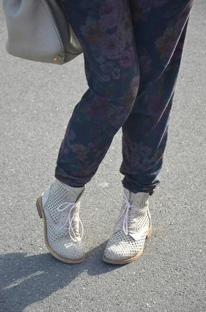 DSC_0041 Borsa Prada beige e tronchetti Felmini shoes