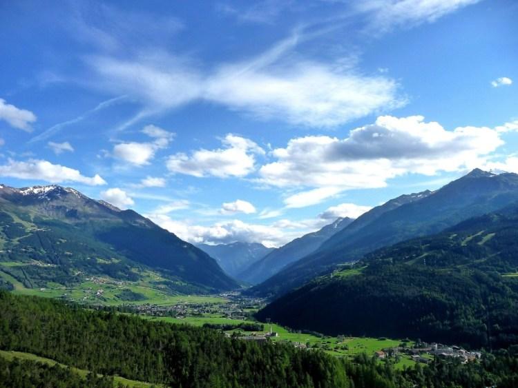 alps-1103874_1920 Vacanze a Valtellina, relax e benessere d'inverno e d'estate