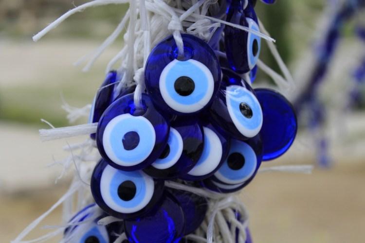 evil-eye-1416867_1920-1024x683 La leggenda dell'Occhio Blu
