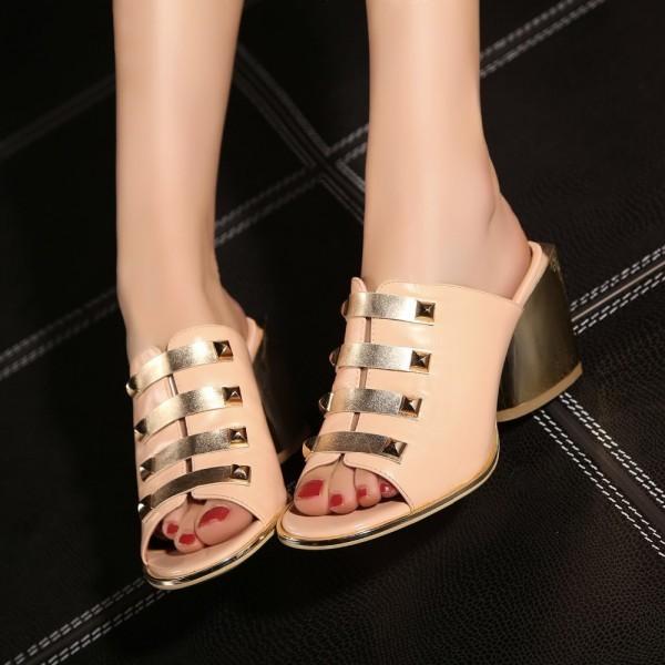 nj080258 Block heels trend