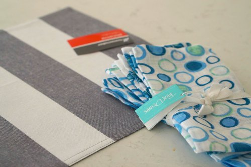 making cushions using napkins and placemats