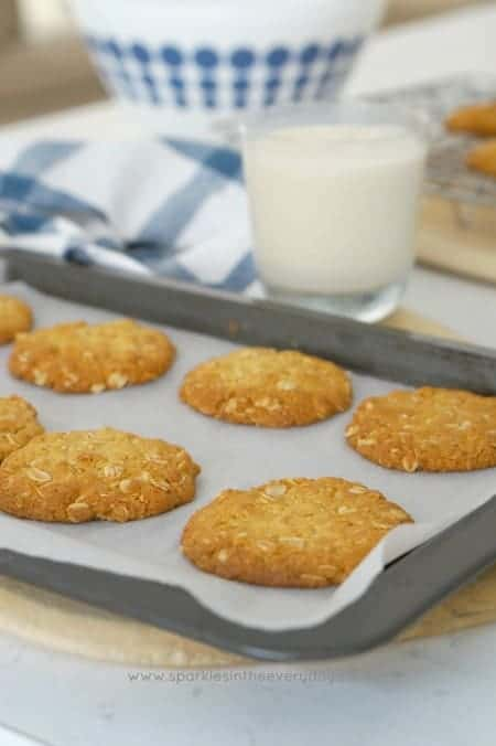 Crisp Australian Anzac Biscuits (gluten-free option too) recipe