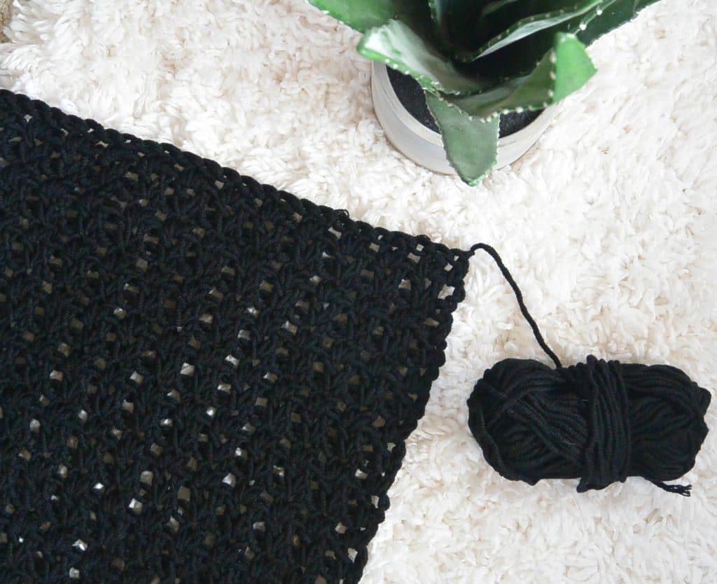 v-stitch-how-to-crochet-1024x834