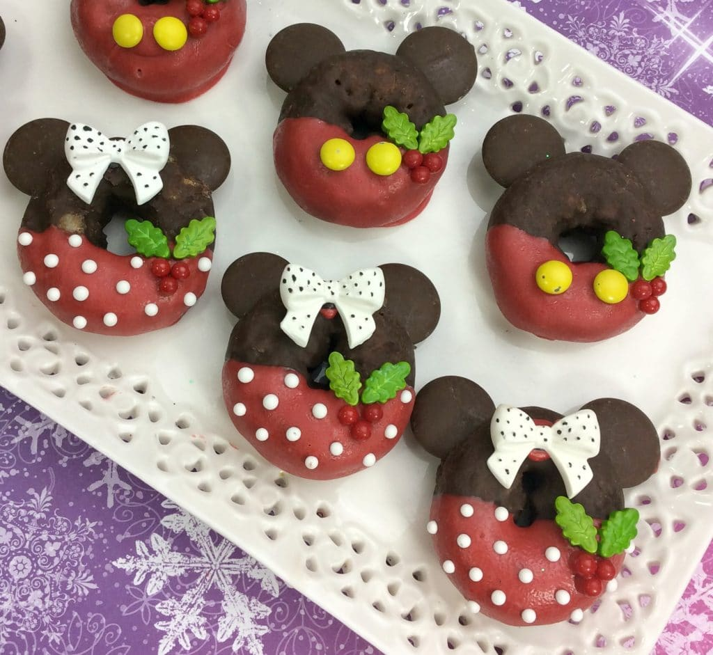 Mickey And Minnie Doughnuts 1