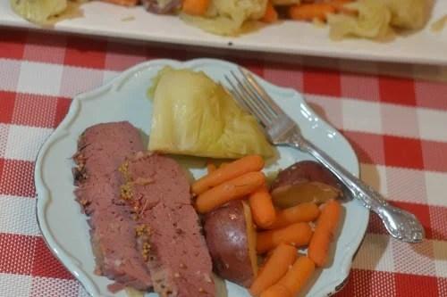 Instant Pot or Ninja Foodi Corned Beef & Cabbage