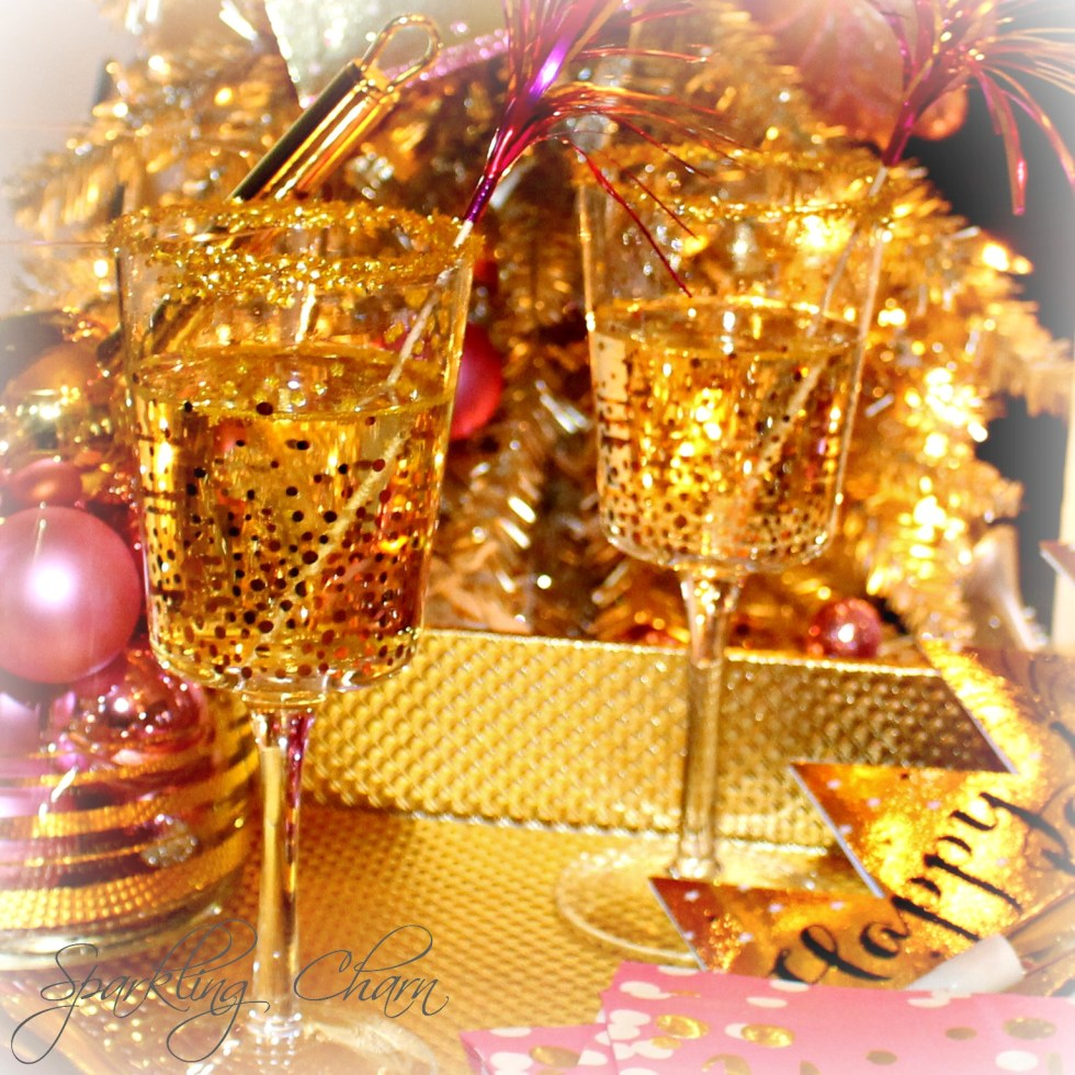 Sparkle and Sip Fancy Party Glass Happiness Tip