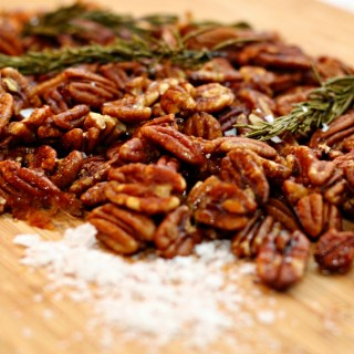 Spicy Honey Rosemary Pecans