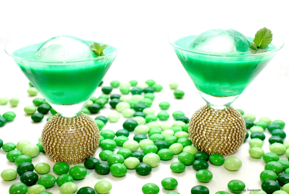 Shamrock Shimmy martini