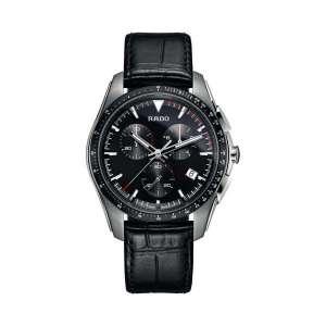Heren horloge uit de Rado Hyperchrome collection - uitgevoerd met stalen kast, lederen band en een quartz uurwerk voorzien van chronograph - De Rado collectie is verkrijgbaar bij Sparnaaij Juweliers in Aalsmeer