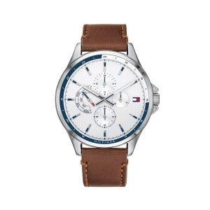Tommy Hilfiger horloge bruin met witte wijzerplaat en leren band - Te koop bij Sparnaaij Juweliers in Aalsmeer
