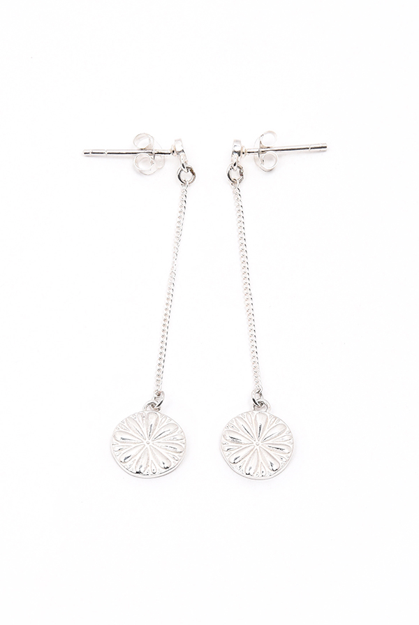 The Flower Earrings E002 van Eightyeight Consious Jewelry - Te koop bij Sparnaaij Juweliers in Aalsmeer en Hoofddorp