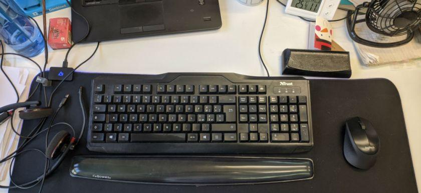 AUKEY Tappetino Mouse RGB Gaming KM-P6