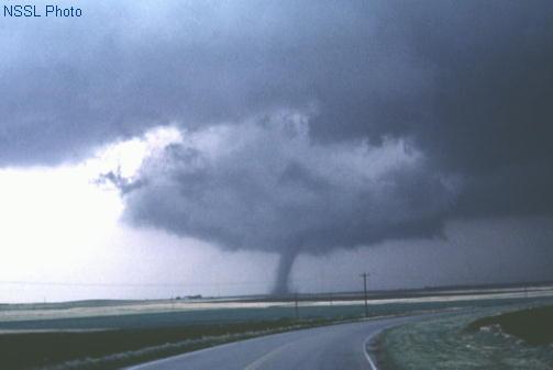 https://i2.wp.com/www.spc.noaa.gov/faq/tornado/alfalfa.jpg?w=1110
