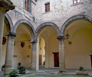 Apecchio (PU), palazzo Ubaldini (ANSA)