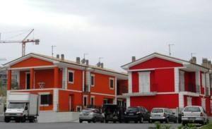 alcune-abitazioni-in-edilizia-popolare-sulla-collina-di-montarice-PEEP3-da internet