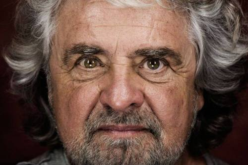 Beppe Grillo. Internet